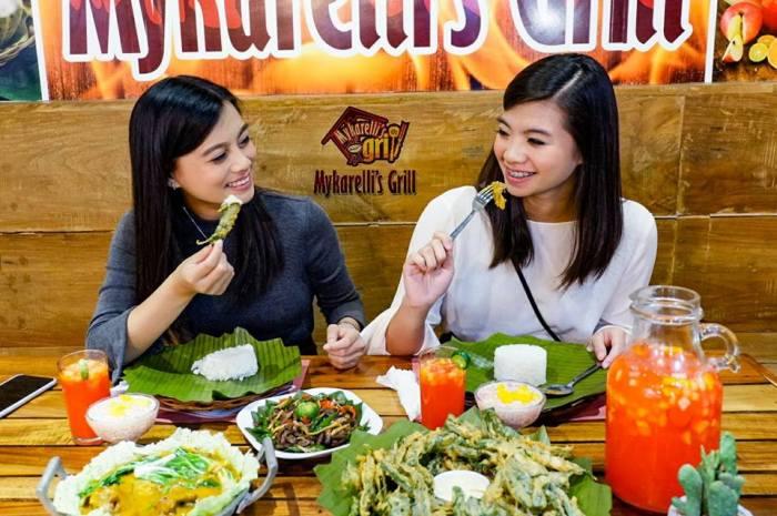 Mykarellis Grill Free Food