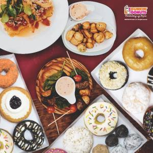Dunkin' Donuts Big Deal Family Bundle